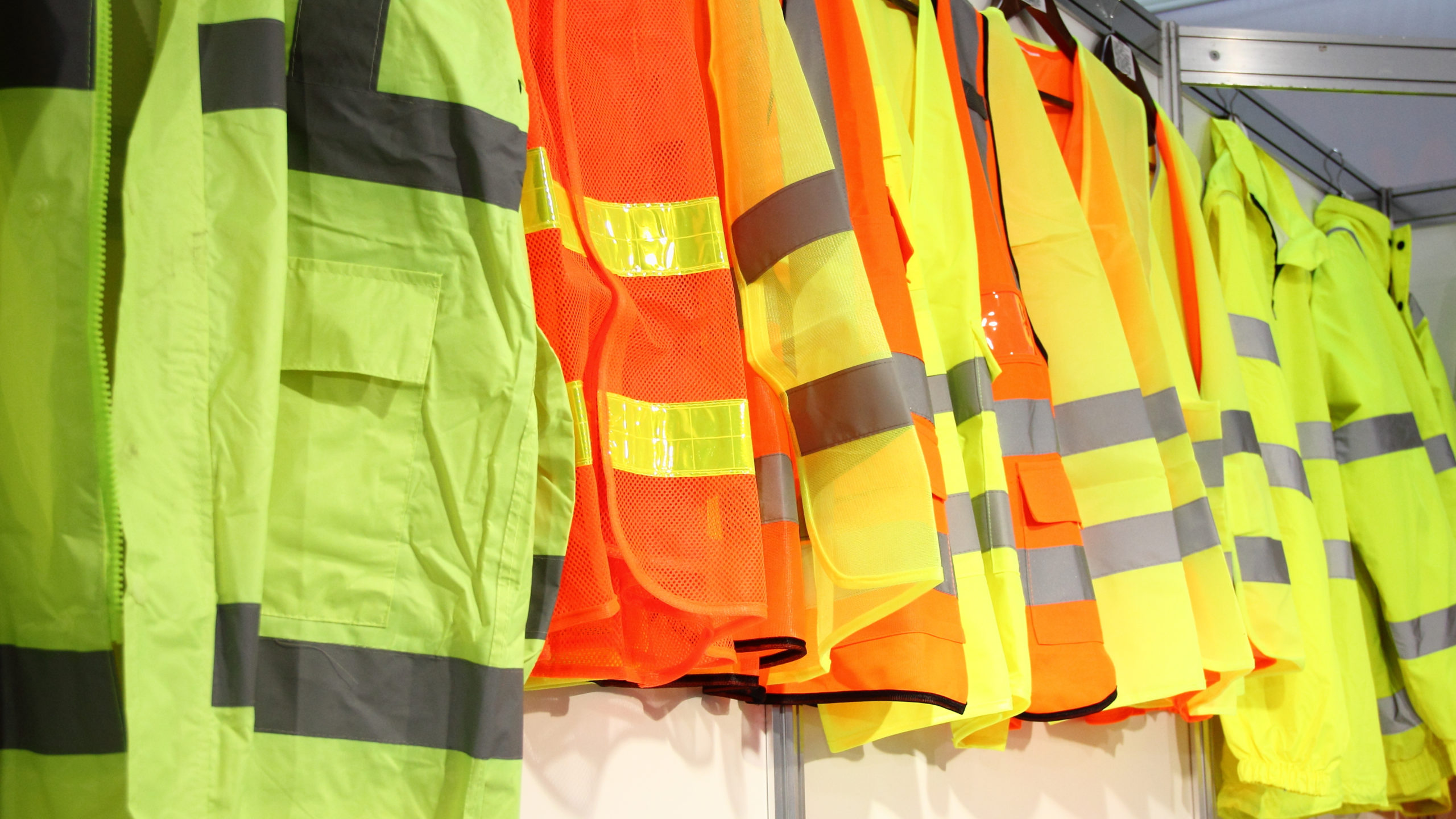 Selecting the Right High Visibility Safety Vest